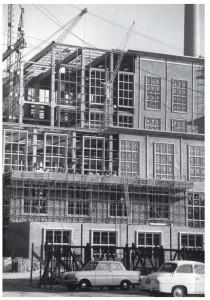 De bouw van de centrale Lage Weide in Utrecht (1959)