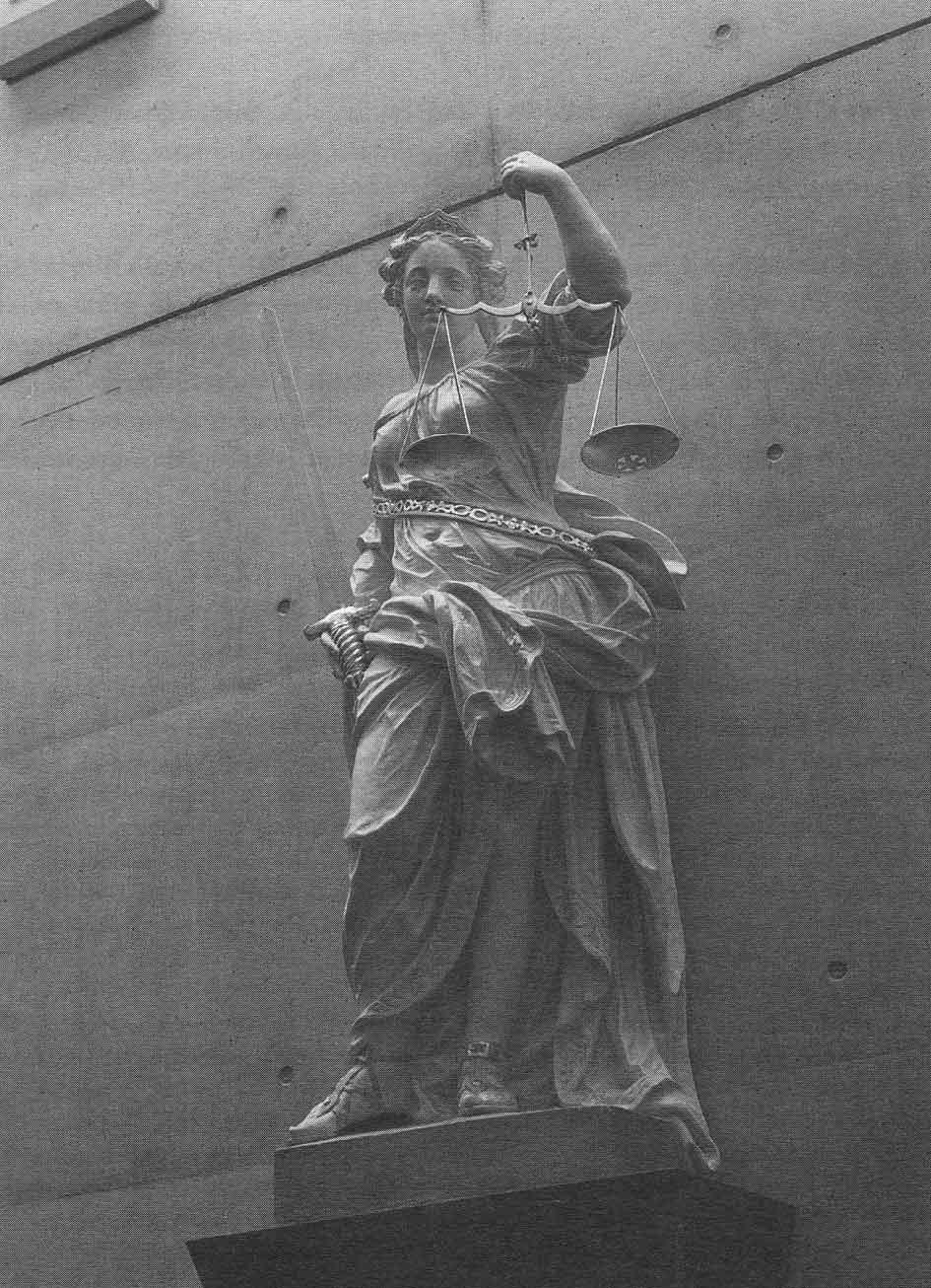 vrouwe justitia weegschaal