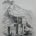 De stadsmuren op de berg Silpius