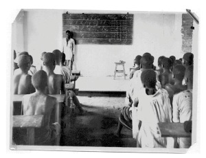 Class in a rural school in the MSC mission area, in the 1950s. MSC Borgerhout Collection