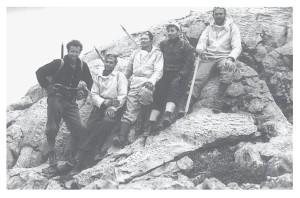 De beklimmers van de Julianatop, v.l.n.r. Verstappen, Tissing, De Wijn, Escher en Terlaag