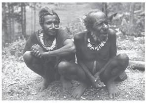 Pimen en oudere Sibiller met kettingen van varkenstanden