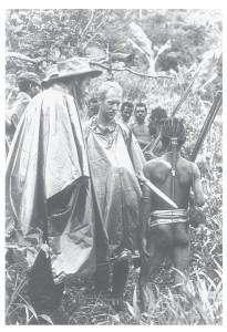 Deloye en Sneep met gewapende bewoners