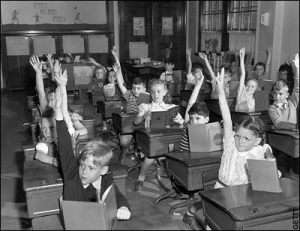 classroom-hands-up