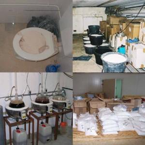 Links boven: 12 KG Cocaïne in toiletpot • Rechts boven: 170 KG MDMA • Links onder: Amfetaminelab • Rechts onder: MDMA pillen
