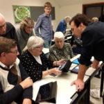 Groningen kweekvijver van zorgvernieuwing ~ Aanzetten tot vermaatschappelijking van de zorg