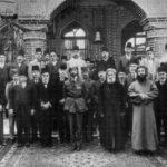 King-Faisel-visits-Baghdad-Jewish-Community-300x258